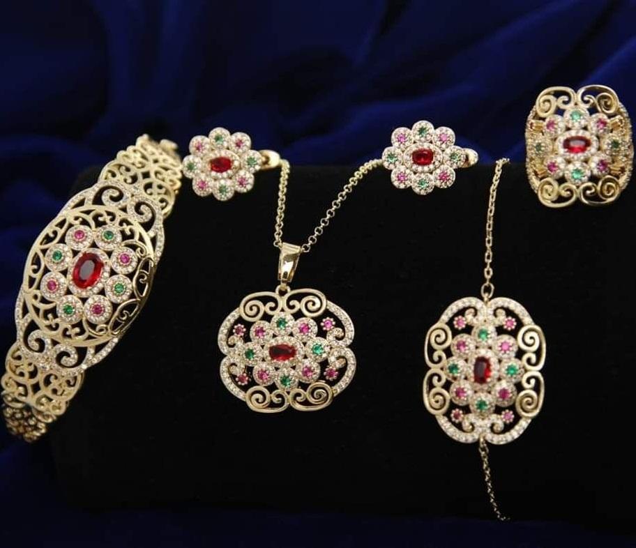 طقم 5 قطع بالاحجار مجوهرات بلاكيور مغربية تقليدية