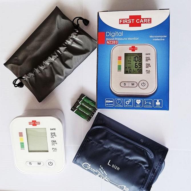 جهاز قياس ضغط الدم - Tensiomètre