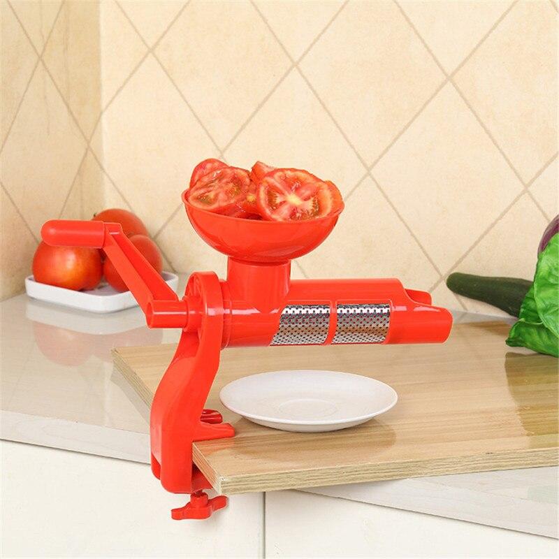 عصارة الطماطم اليدوية