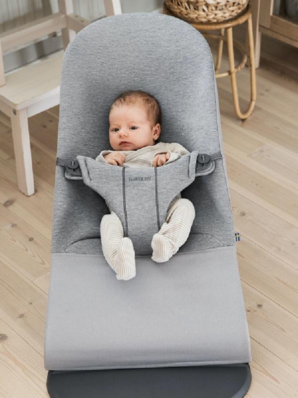 حامل الأطفال الصحي babybjorn bouncer bliss