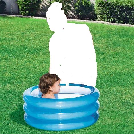 حوض السباحة اكثر من رائع للاطفال ب 3 طبقات لحميته