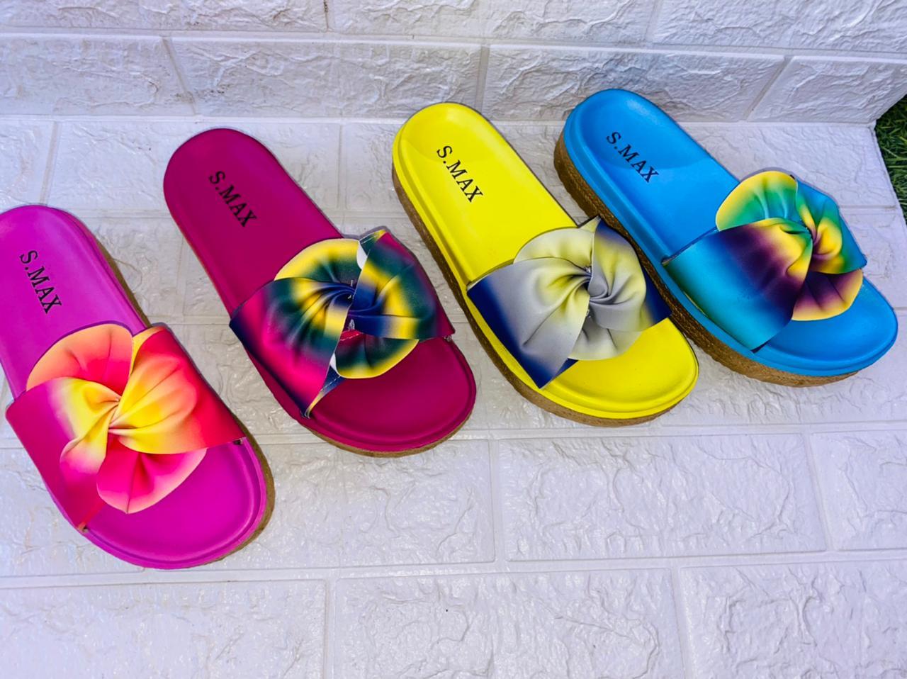 Sandale Tendance en couleur et en 3 modèles très confortables et medical