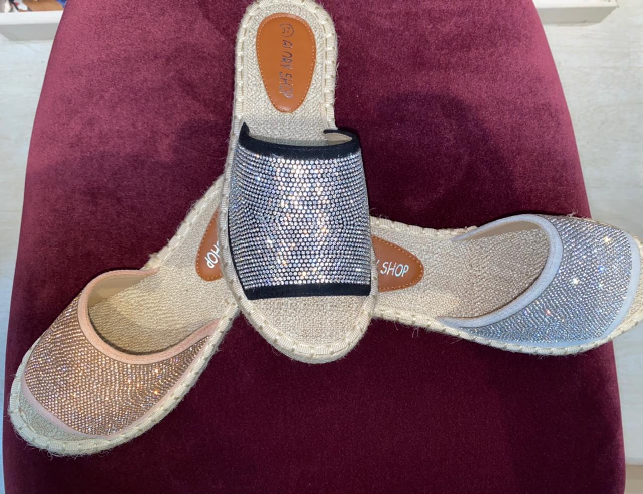 Sandale plate en Strass