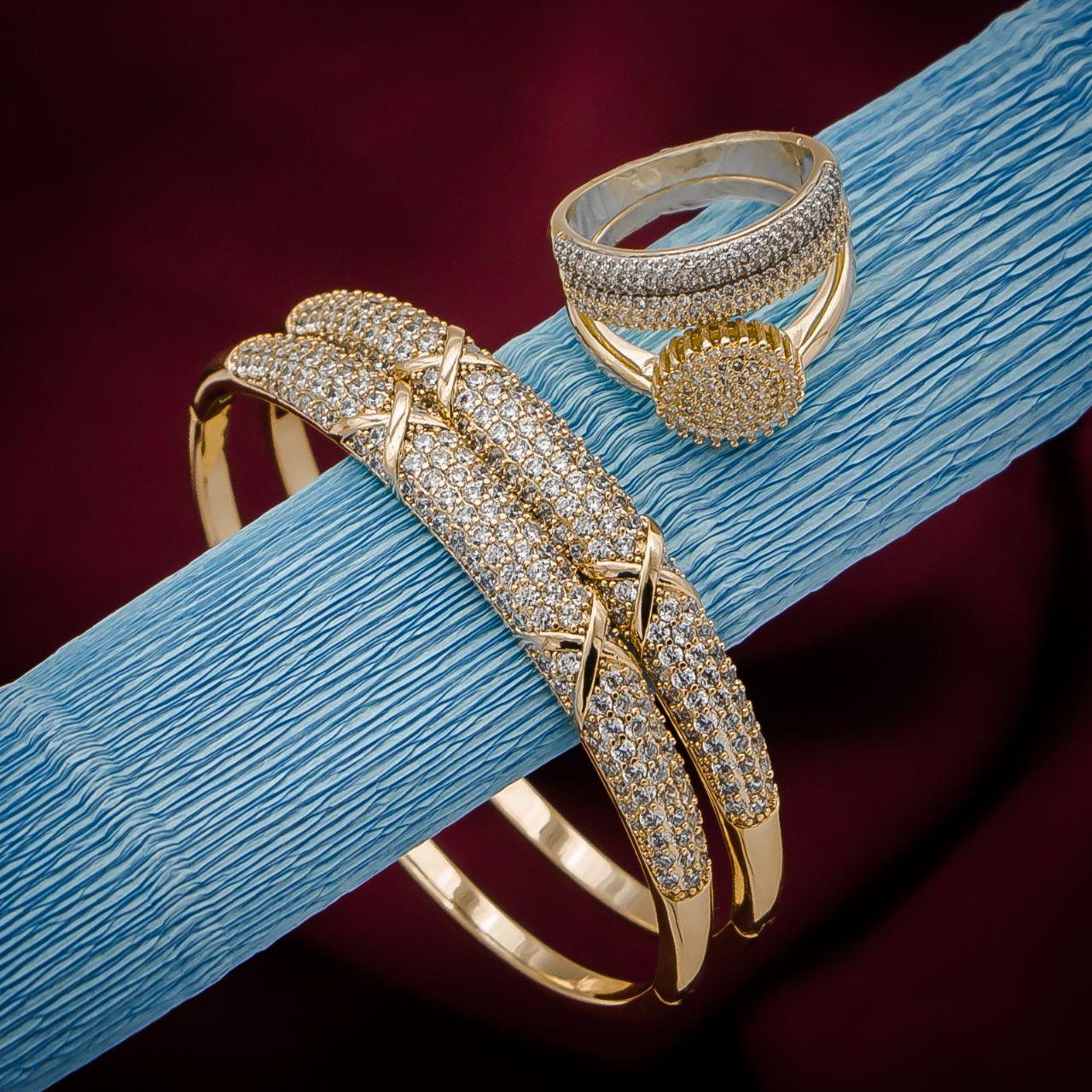 مجموعة الفخامة 1 تتكون من 2 براسلي وخاتم + علبة واقية بالمجان