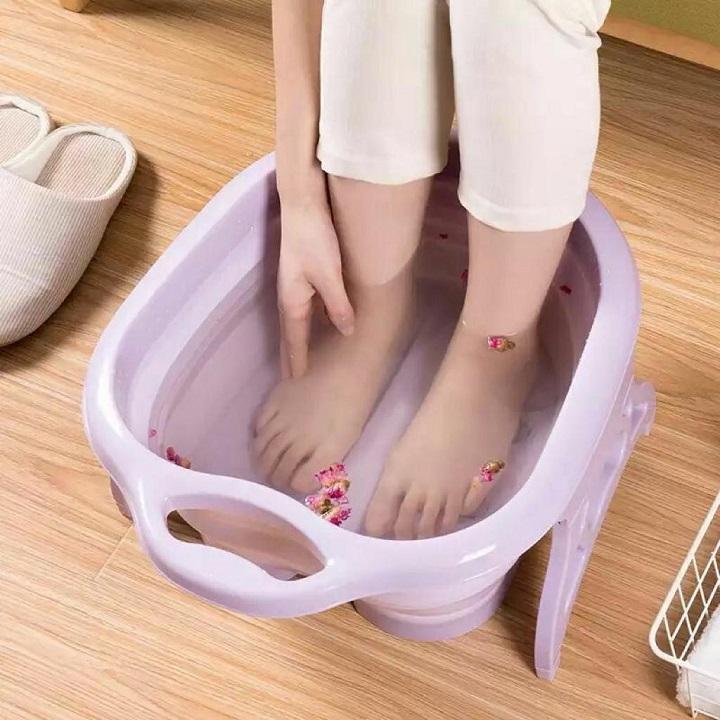 Bassin de pied pour un soulageant massage